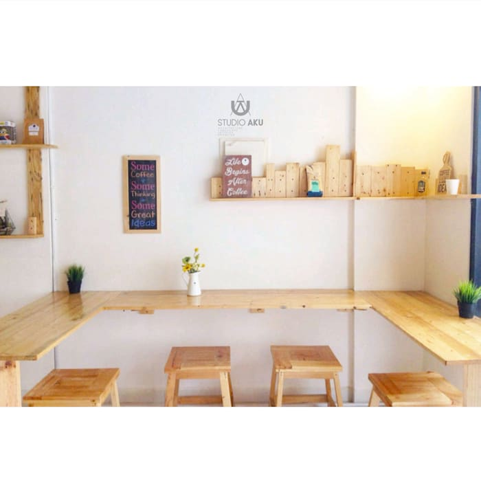 cafeeiro 07:  Ruang Komersial by Studio AKU