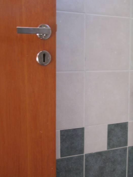 Classic style bathroom by Dario Basaldella Arquitectura Classic
