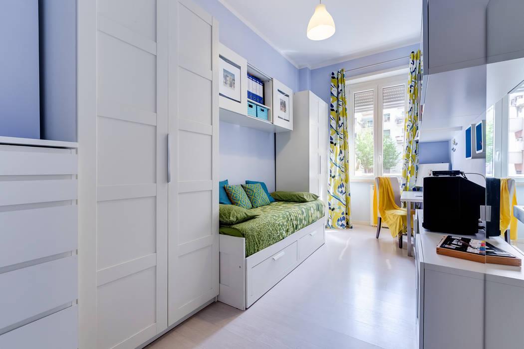 Cameretta-Studio: Camera da letto in stile in stile Moderno di MakeUp your Home