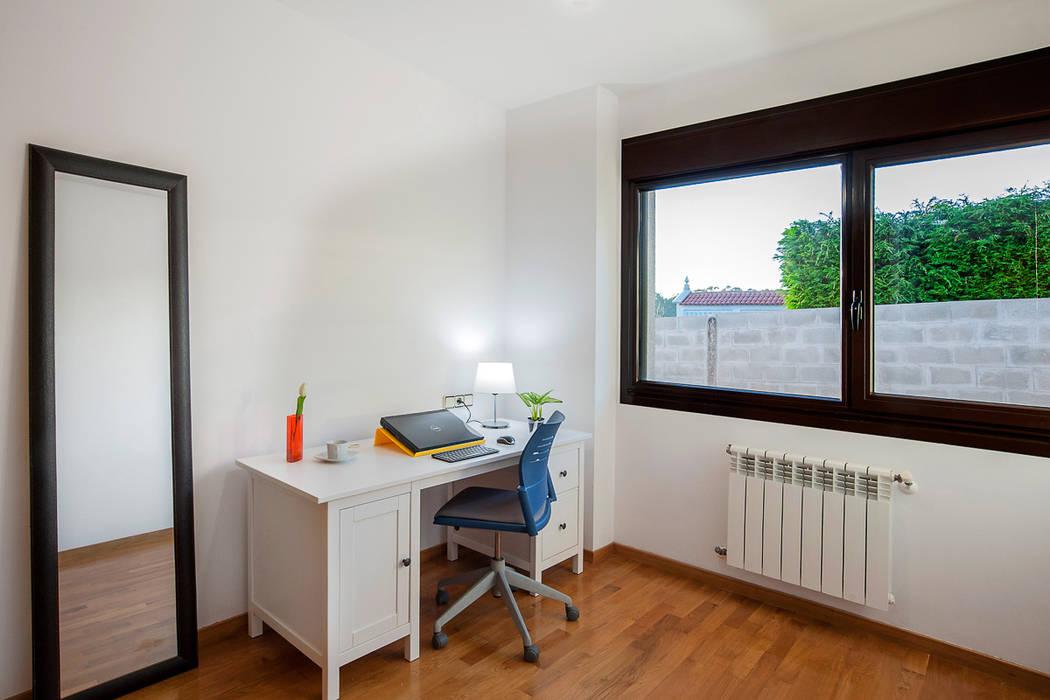 DESPACHO Estudios y despachos de estilo rústico de CCVO Design and Staging Rústico
