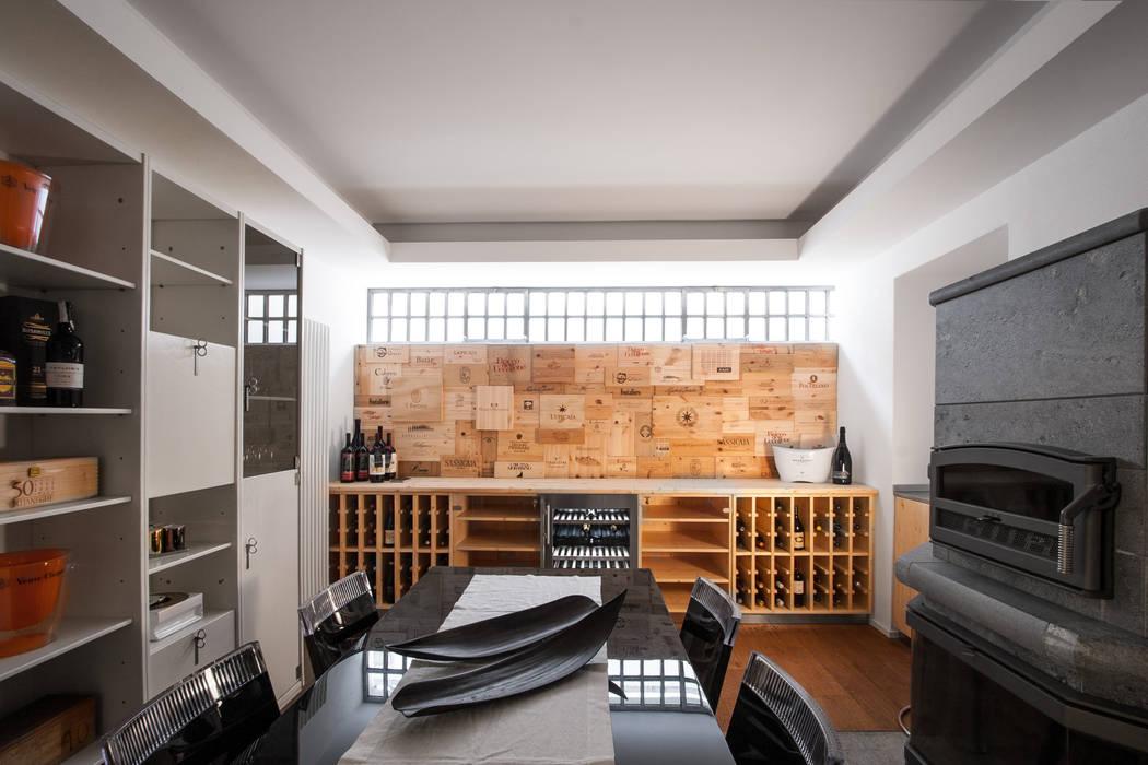 VL: Cantina in stile in stile Moderno di Chantal Forzatti architetto