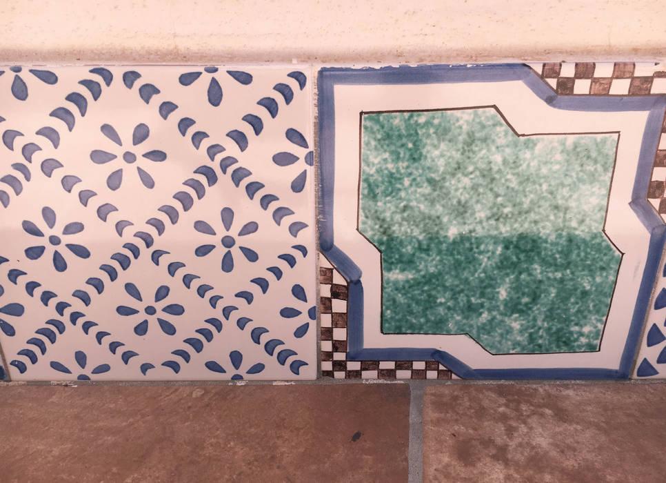Casa a Positano - dettaglio: Terrazza in stile  di archielle