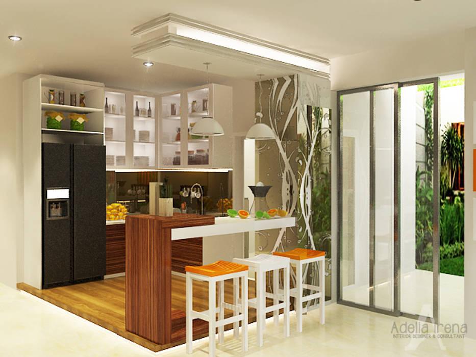 Pantry PEKA INTERIOR Unit dapur Kaca Brown
