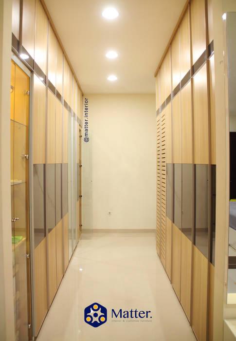 wardrobe Ruang Ganti Modern Oleh Matter Interior Modern Kayu Lapis