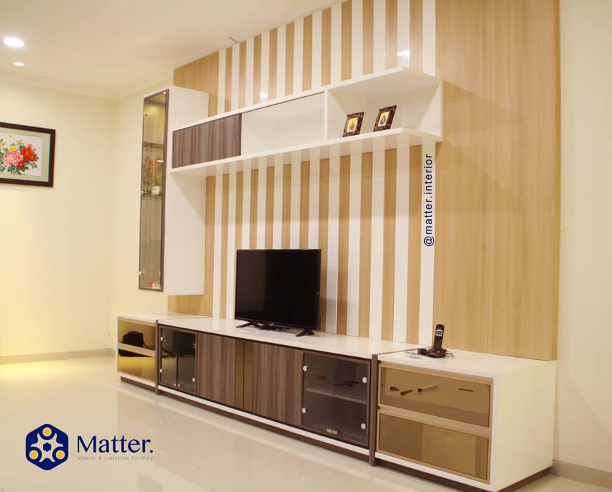 ห้องนอน โดย Matter Interior, โมเดิร์น แผ่นไม้อัด Plywood