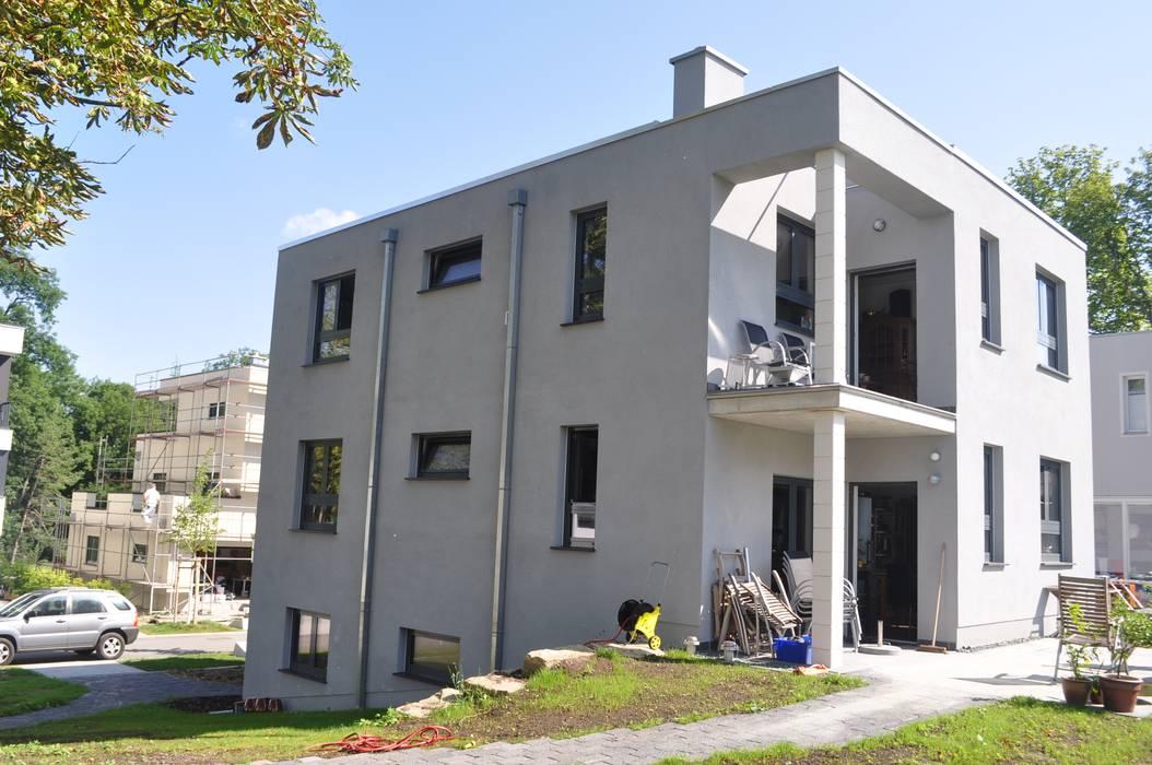 Nord-West-Ansicht Moderne Häuser von architekturbuero dunker Modern
