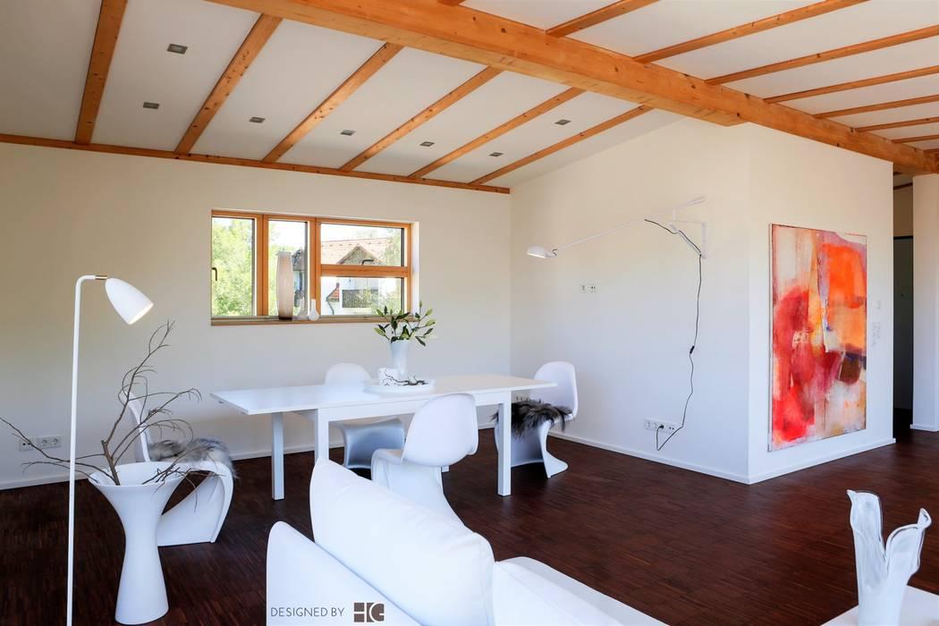 Penthouse u offener wohn und essbereich minimalistische