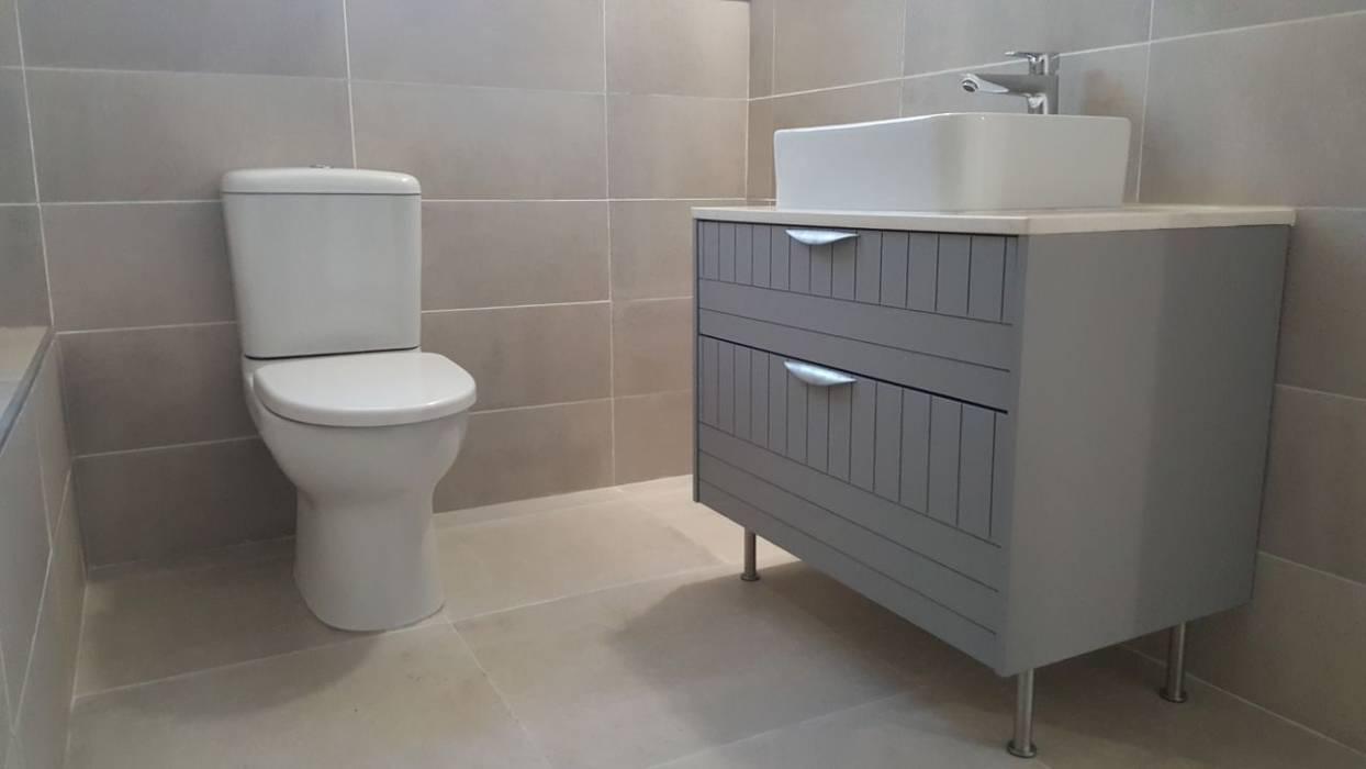 Custom Made Bathroom Cabinets:  Bathroom by Cape Kitchen Designs