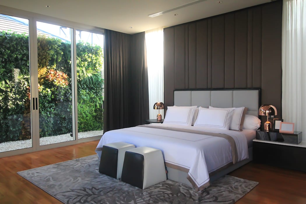 SL RESIDENCE Kamar Tidur Tropis Oleh ALIGN architecture interior & design Tropis