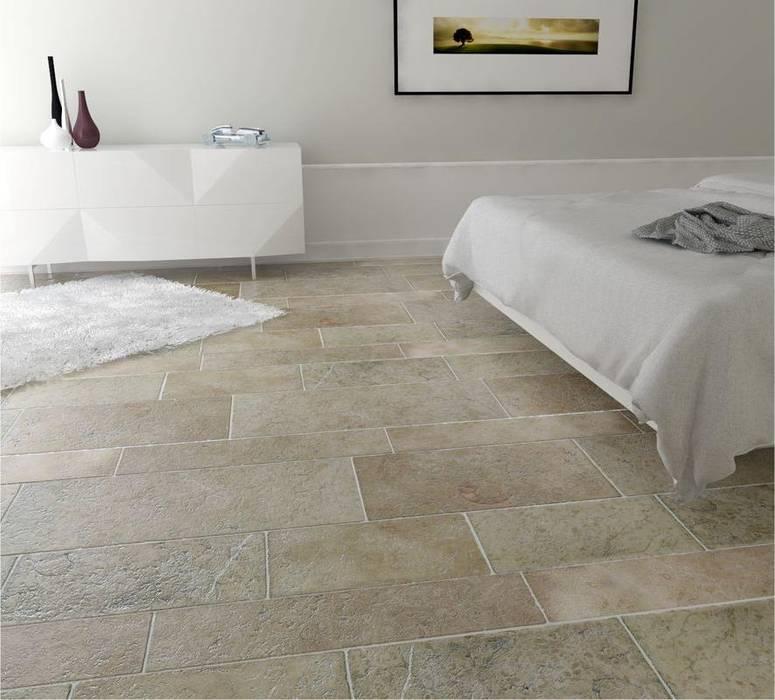 Pavimento camera in pietra anticata a mano: camera da letto in stile ...