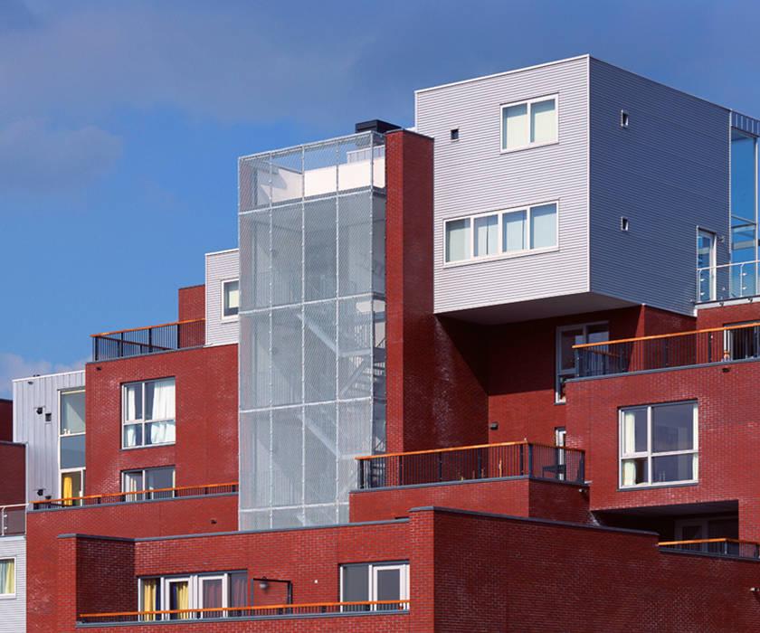 Rumah keluarga besar oleh Archipelontwerpers, Modern