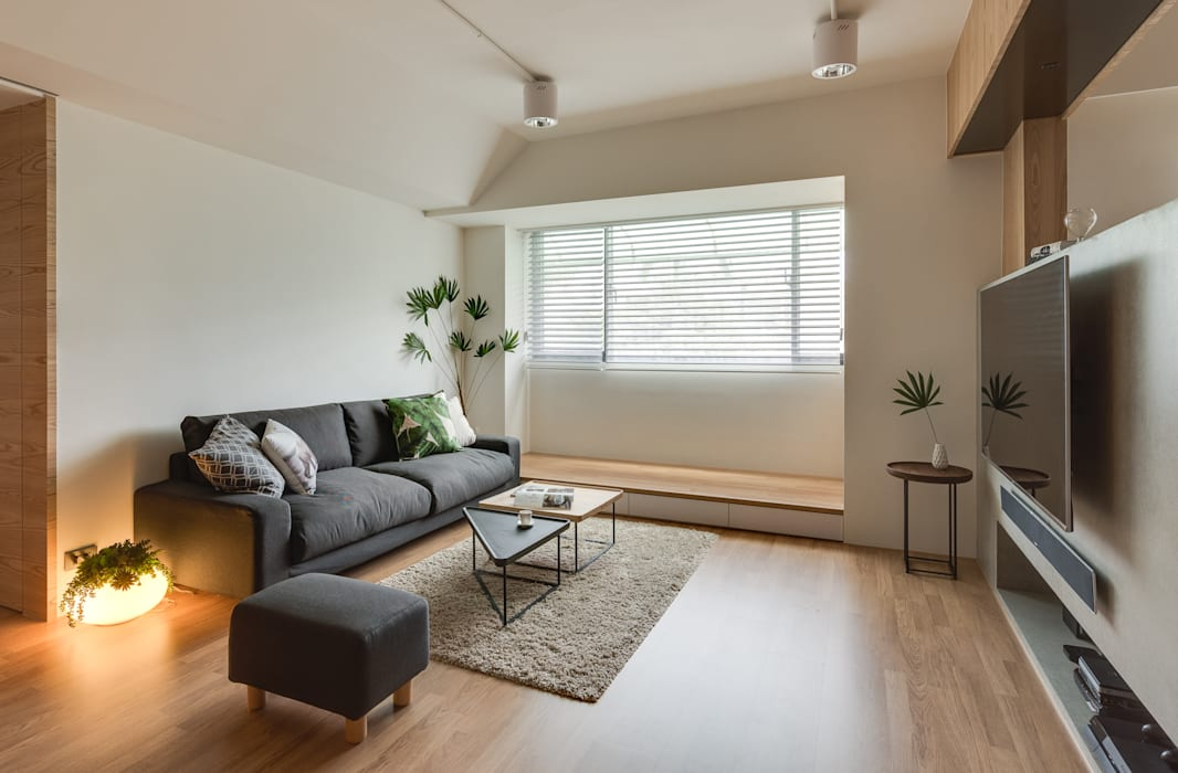 客廳空間:  客廳 by 御見設計企業有限公司, 簡約風 實木 Multicolored