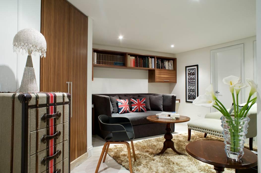 Family room Salas de estilo ecléctico de Pic & Deco Ecléctico