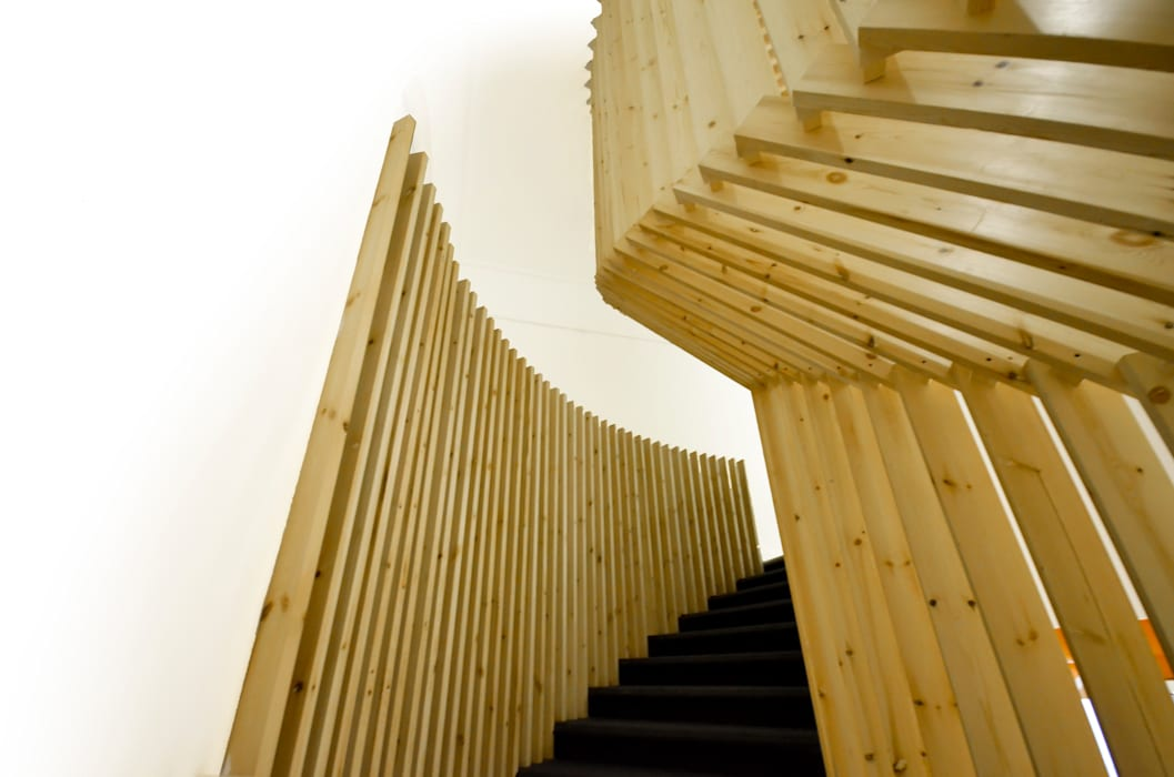 Staircase Design Minimalist office buildings by CUBEArchitects Minimalist Wood Wood effect