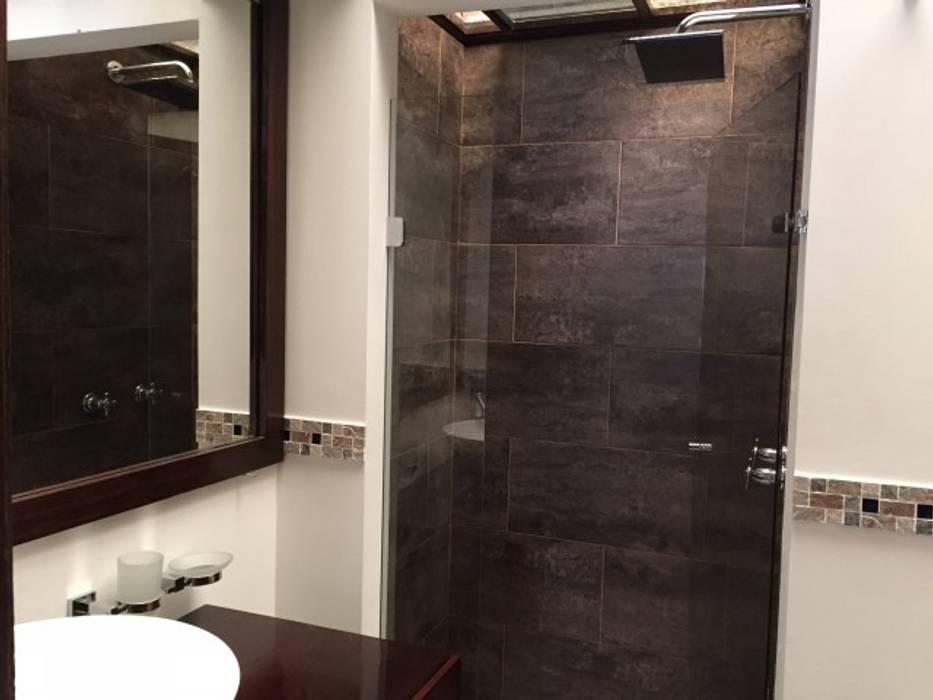 homify Modern style bathrooms