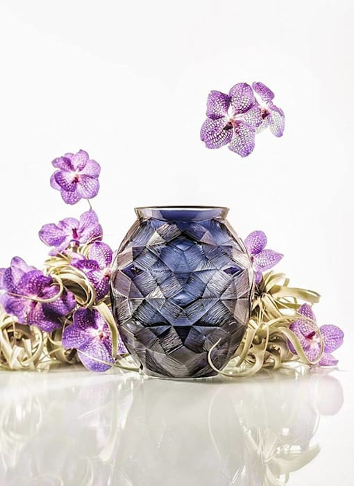 Eye Catching Crystal Vases: modern  by Spacio Collections,Modern Glass