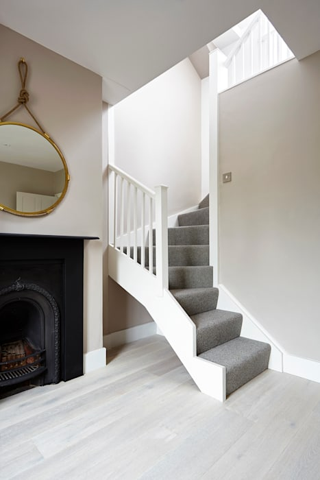Country cottage refurbishment:  Terrace house by Gr8 Interiors Ltd