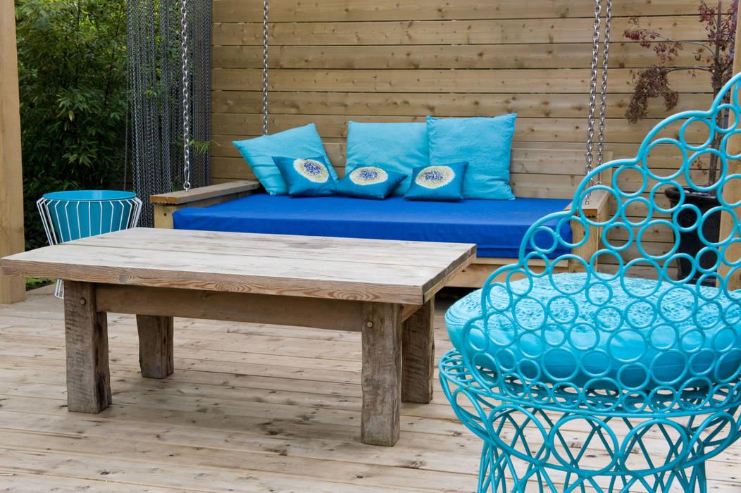 Garden seating:  Garden by Earth Designs
