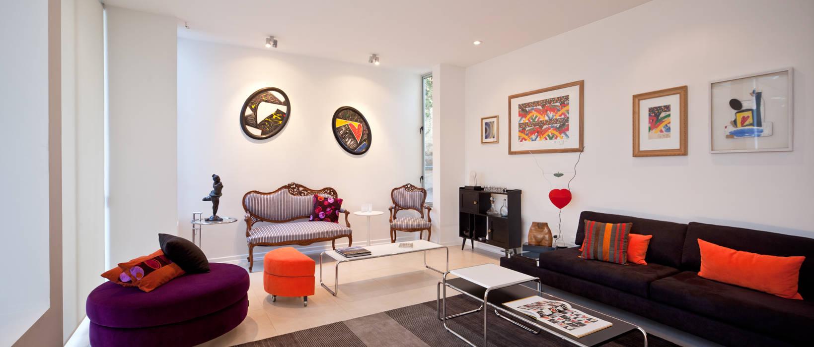 Sala de estar [ER+] Arquitectura y Construcción Livings de estilo minimalista