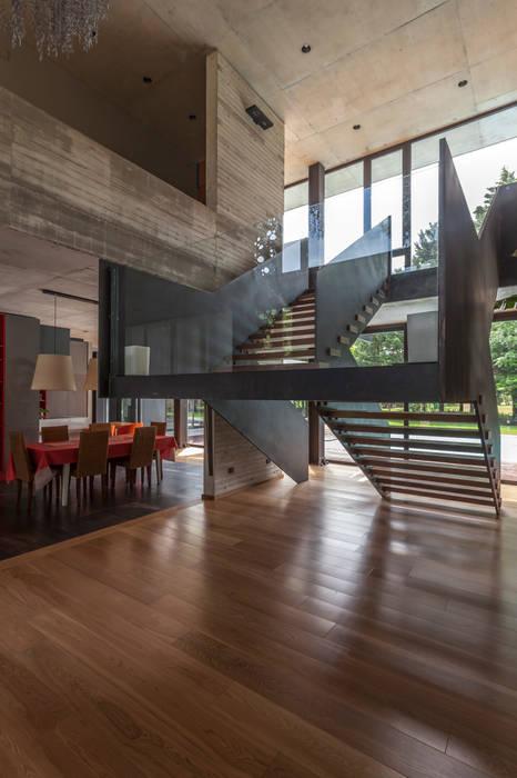 โดย Ciudad y Arquitectura มินิมัล