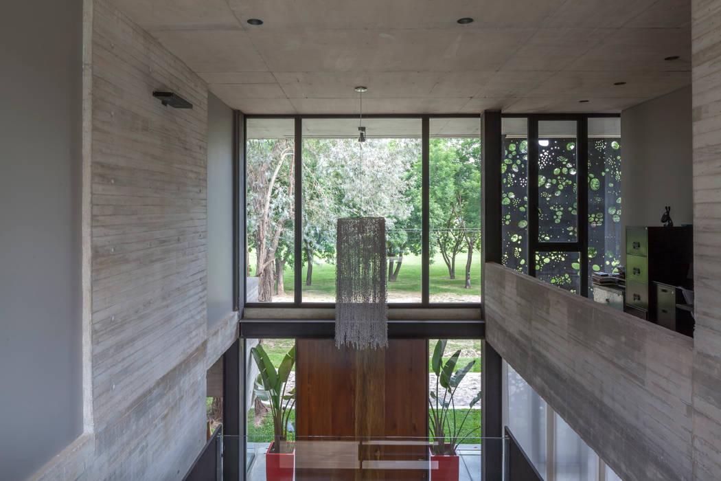 Стеклянная крыша в . Автор – Ciudad y Arquitectura, Минимализм