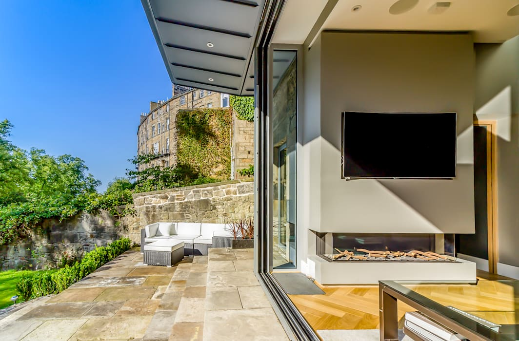 Modern Garden Room Extension Edinburgh New Town:  Conservatory by Capital A Architecture