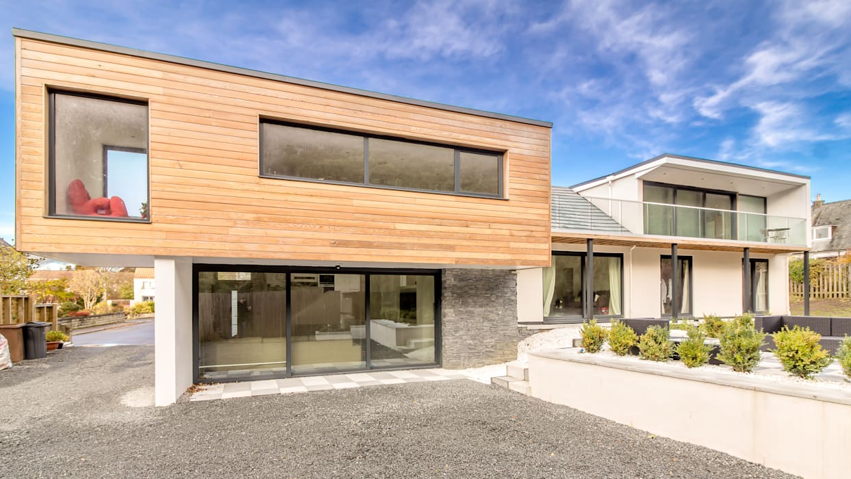 Bungalow With Modern Extension and Attic Conversion :  Detached home by Capital A Architecture