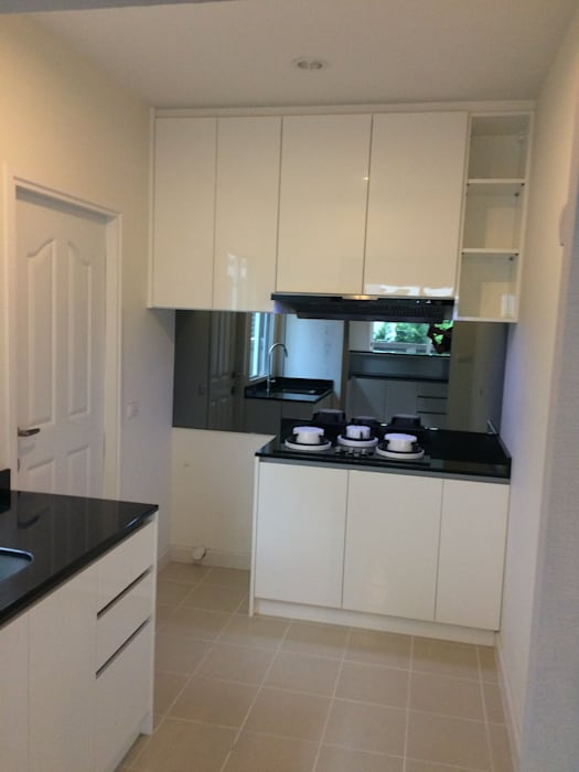 Dapur built in oleh homify