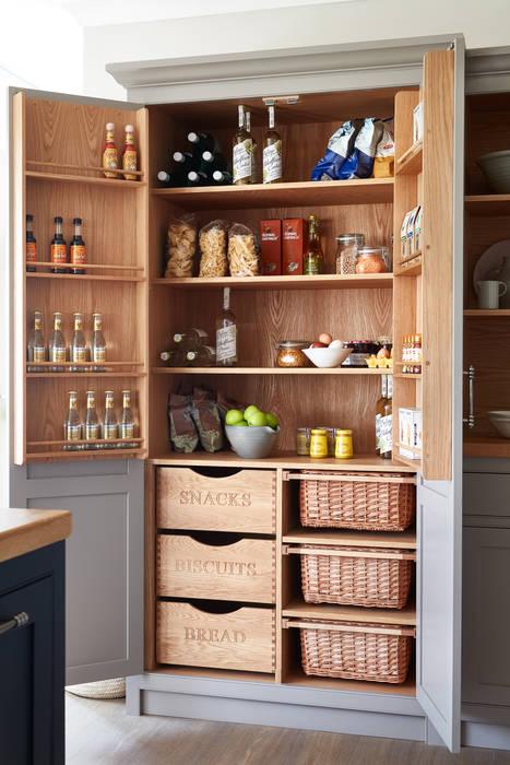 Raynham :  Kitchen by NAKED Kitchens