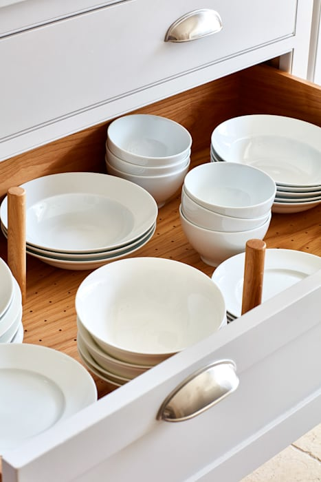 Norfolk Vicarage:  Kitchen by NAKED Kitchens
