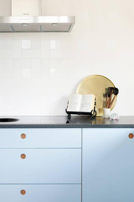 Kew Penthouse:  Kitchen by NAKED Kitchens