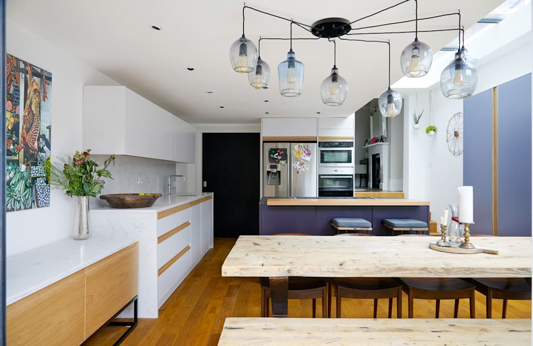 Highbury Kitchen:  Kitchen by NAKED Kitchens