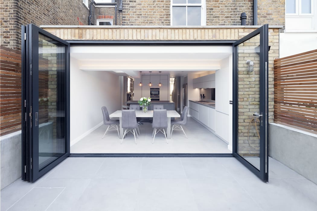 Rear & side wrap-around extension Proctor & Co. Architecture Ltd Modern dining room