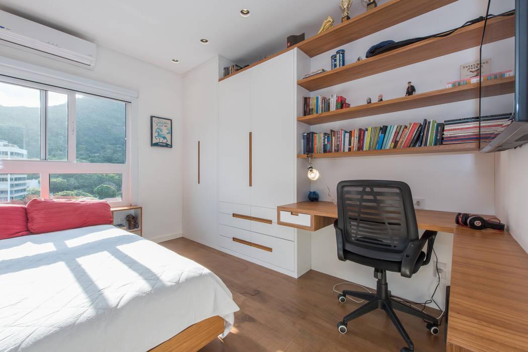 Apartamento Gávea: Quartos  por Espaço Tania Chueke