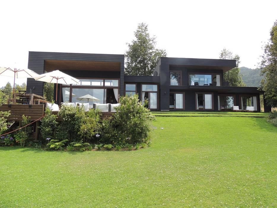 Maisons de style  par David y Letelier Estudio de Arquitectura Ltda.,
