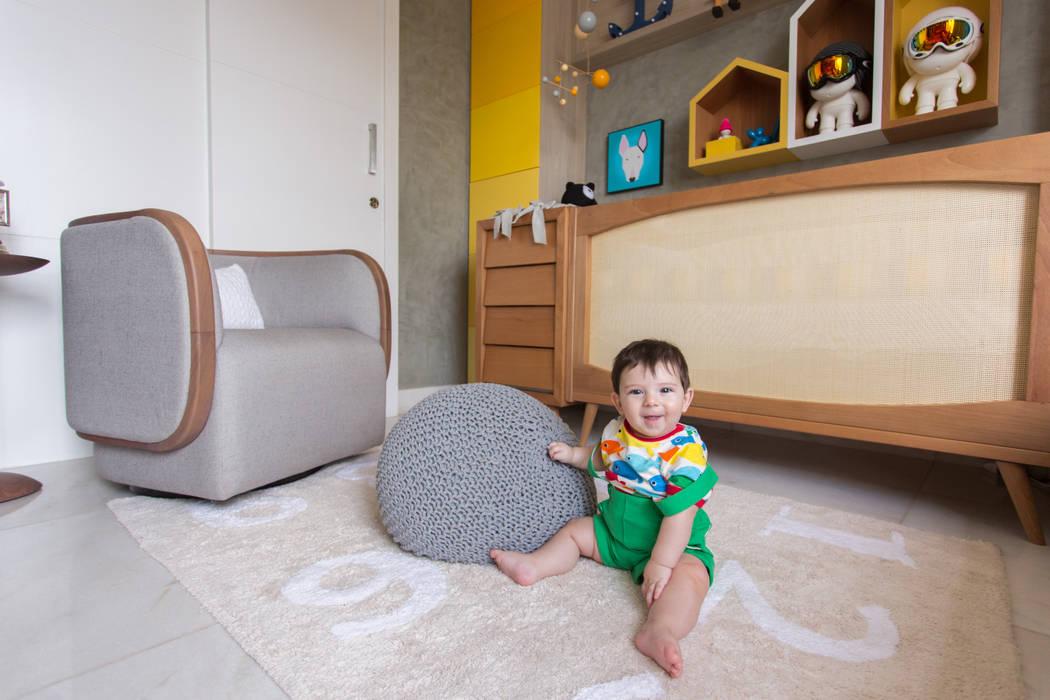 Dormitorios de bebé de estilo  por Pri Martins Arquitetura, Minimalista Piedra