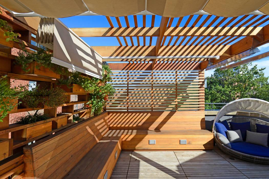 ARCHI-TEXTUAL, PLLC Balkon, Beranda & Teras Modern
