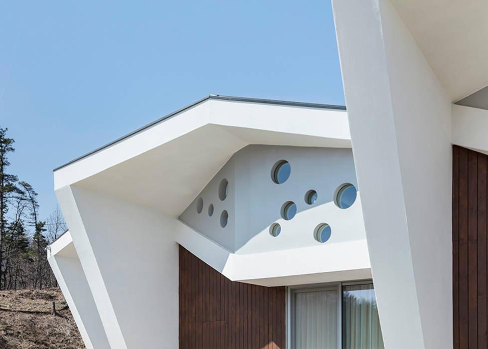 Moderne Häuser von HGA 건축디자인연구소 Modern Stahlbeton