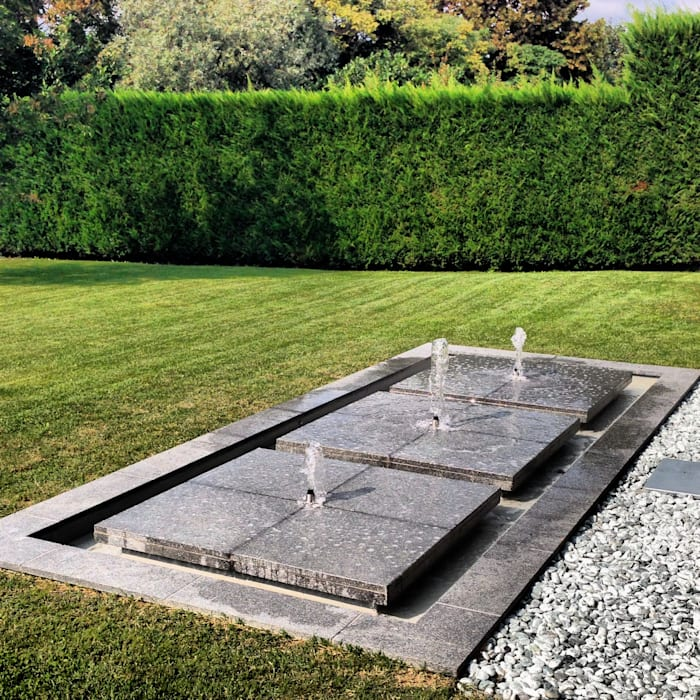 Daniele Franzoni Interior Designer - Architetto d'Interni Garden Pond Granite Grey