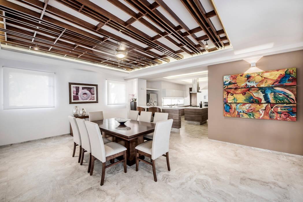 Comedor Comedores de estilo moderno de Constructora e Inmobiliaria Catarsis Moderno Madera Acabado en madera