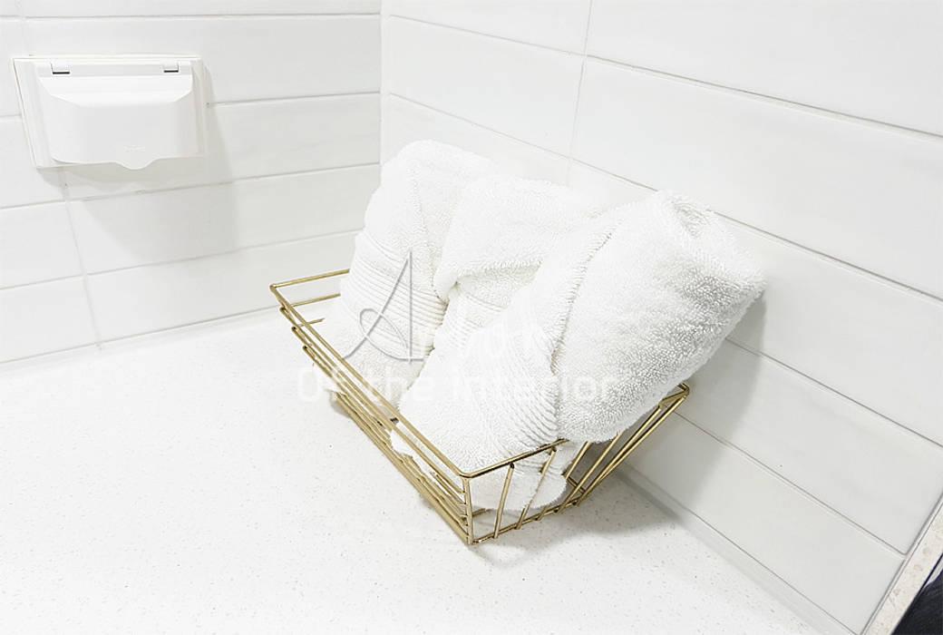호텔객실같이 깔끔한 아파트 인테리어_47평대 모던스타일 욕실 by 디자인 아버 모던