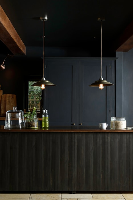 The Petersham Kitchen by deVOL: industrial Kitchen by deVOL Kitchens