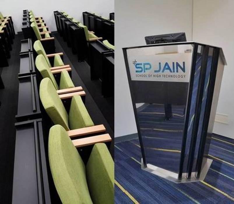 Podium/Classroom Modern schools by Studio - Architect Rajesh Patel Consultants P. Ltd Modern