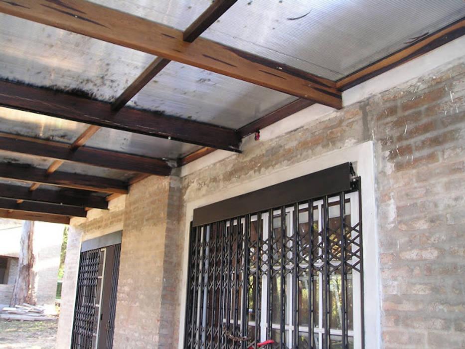 Dach von Arq. Gustavo Piazza & Asociados