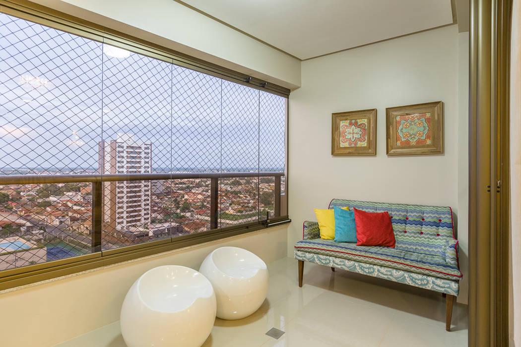Varanda Salas de estar modernas por DM ARQUITETURA E ENGENHARIA Moderno