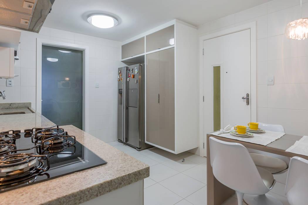 Cozinha Cozinhas modernas por DM ARQUITETURA E ENGENHARIA Moderno