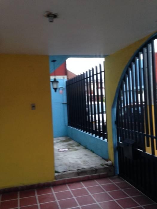 REMODELACION Y AMPLIACION CASA SIERRA 47 COCHERA ANTES DE LA INTERVENCION DE JLSG ARQUITECTO JLSG Arquitecto