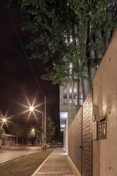 Ciudad y Arquitectura Nhà có sân thượng