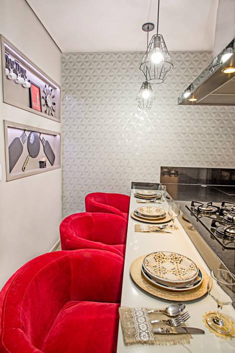 Nhà bếp phong cách hiện đại bởi Natália Sundfeld Arquitetura Hiện đại