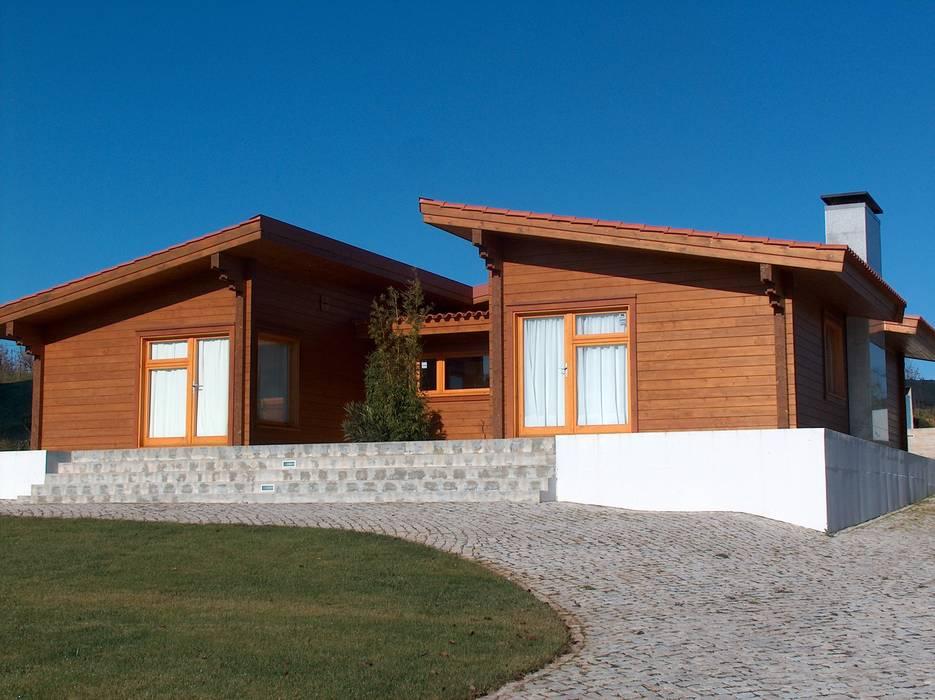 RUSTICASA | Casa en Dagorda | Cadaval de Rusticasa Moderno Madera maciza Multicolor